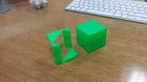 Cubo con hueco y cubo sólido